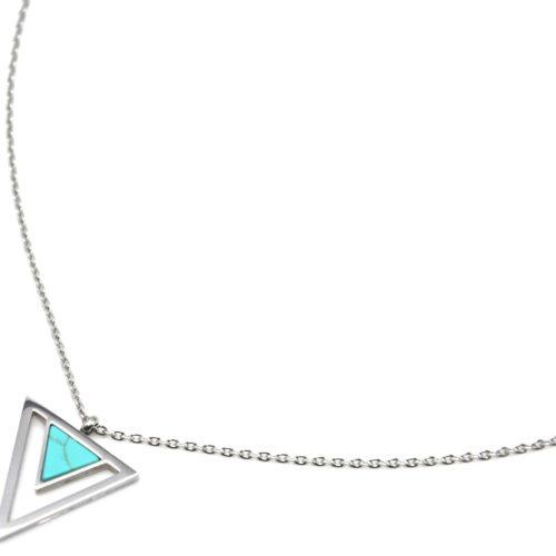 Collier-Pendentif-Triangle-Inverse-Contour-Acier-Argente-et-Pierre-Effet-Marbre-Turquoise