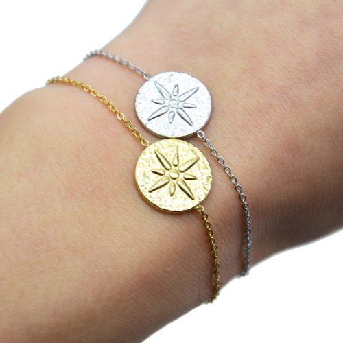 Bracelet-Fine-Chaine-avec-Medaille-Martelee-Etoile-Polaire-Acier
