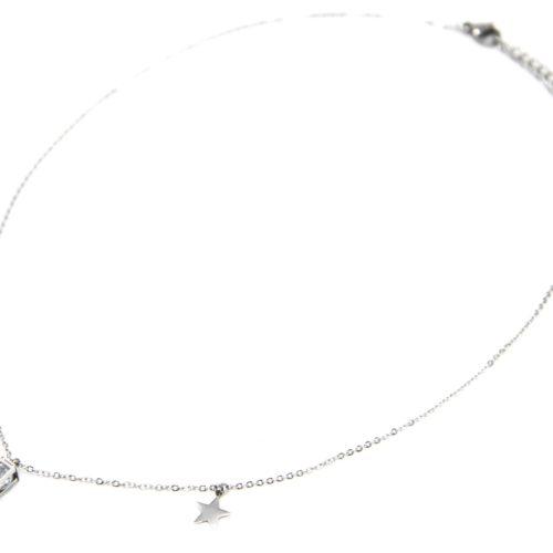 Collier-Fine-Chaine-Acier-Argente-avec-Pendentif-Rectangle-et-Cristaux