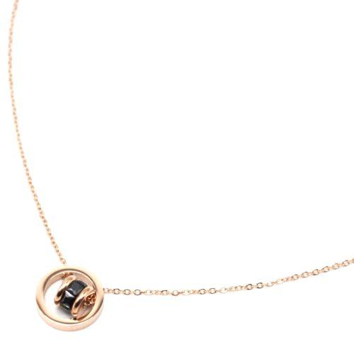 Collier-Fine-Chaine-avec-Pendentif-Cercle-Acier-Or-Rose-et-Anneau-Pierres-Noires