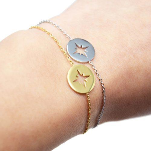 Bracelet-Fine-Chaine-avec-Medaille-Acier-Motif-Ajoure-Etoile-Polaire