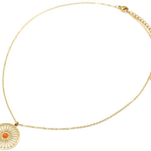 Collier-Fine-Chaine-avec-Pendentif-Fleur-Ajouree-Acier-Dore-et-Pierre-Orange