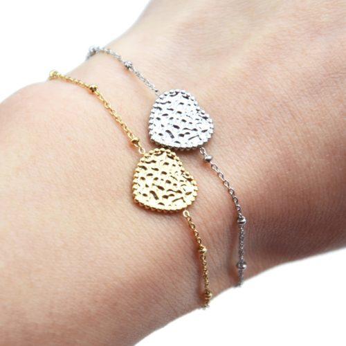 Bracelet-Chaine-Boules-avec-Charm-Coeur-Martele-Acier