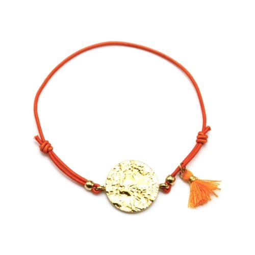 Bracelet-Elastique-Orange-Charm-Medaille-Martelee-Acier-Dore-et-Pompon