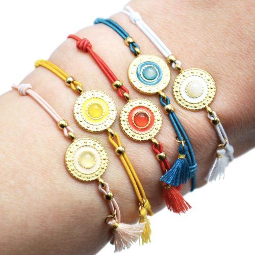 Bracelet-Cordon-Elastique-Charm-Cercle-Ethnique-Acier-Dore-Pierre-et-Pompon