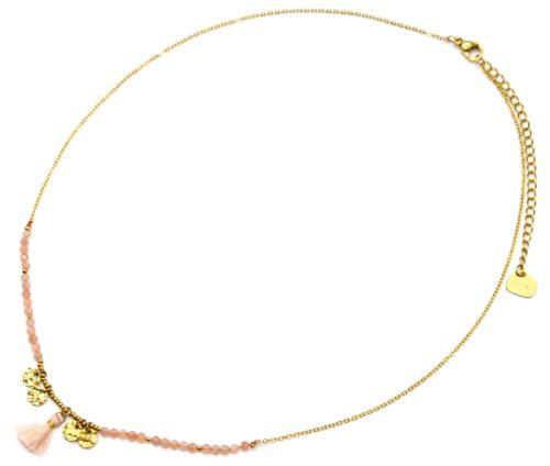 Collier-Fine-Chaine-Acier-Dore-avec-Medailles-Martelees-Perles-et-Pompon-Rose