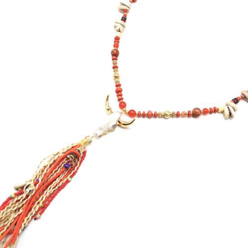 Sautoir-Collier-Perles-Verre-Pierres-Cauris-avec-Tete-Buffle-Resine-et-Pompon-Orange