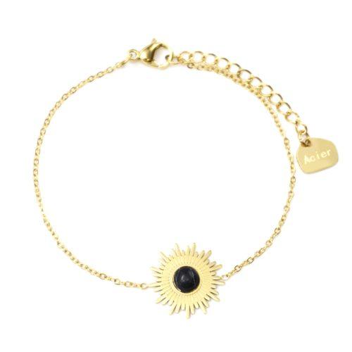 Bracelet-Fine-Chaine-avec-Soleil-Acier-Dore-et-Pierre-Effet-Marbre-Noir
