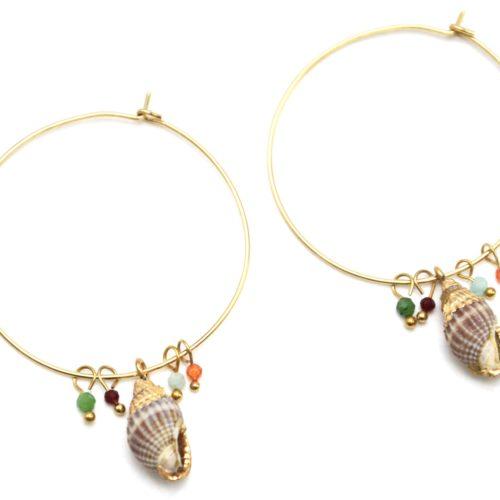 Boucles-dOreilles-Creoles-Acier-Dore-avec-Pampille-Coquillage-et-Perles