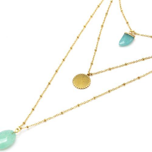 Collier-Triple-Chaine-Boules-avec-Corne-Cercle-Grave-Etoile-Acier-Dore-et-Pierre-Vert-Pale