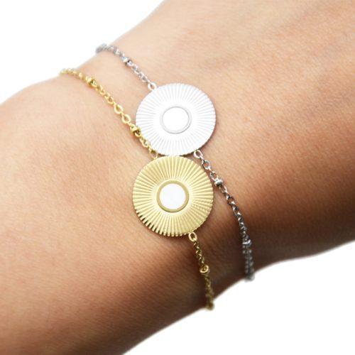 Bracelet-Chaine-Boules-avec-Medaille-Rayons-Soleil-Acier-et-Nacre-Blanc