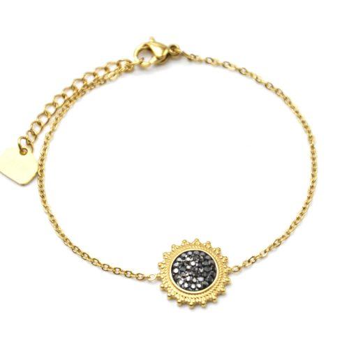 Bracelet-Fine-Chaine-avec-Soleil-Contour-Acier-Dore-et-Strass-Gris