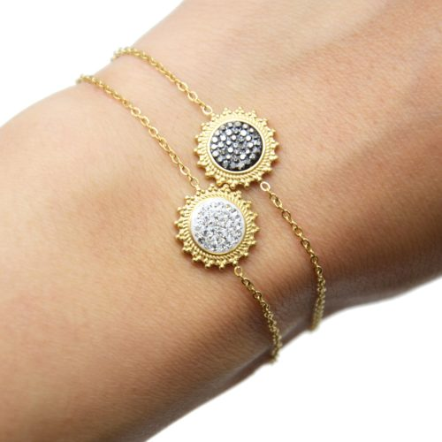 Bracelet-Fine-Chaine-avec-Soleil-Contour-Acier-Dore-et-Strass