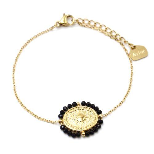 Bracelet-Fine-Chaine-avec-Medaille-Ovale-Soleil-Acier-Dore-et-Contour-Perles-Noires