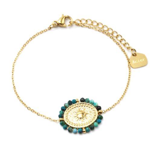 Bracelet-Fine-Chaine-avec-Medaille-Ovale-Soleil-Acier-Dore-et-Contour-Perles-Vertes