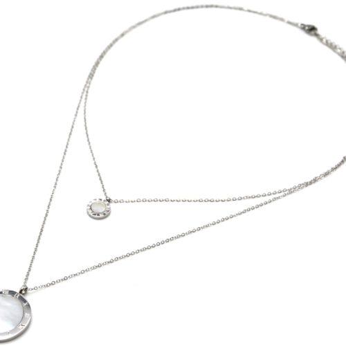 Collier-Double-Chaine-Acier-Argente-avec-Medailles-Chiffres-Romains-et-Nacre