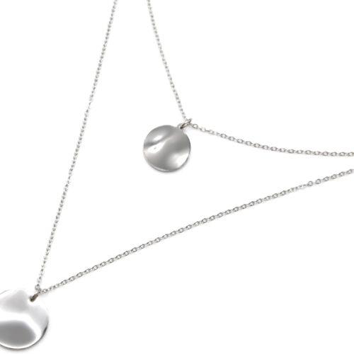 Collier-Double-Chaine-avec-Medailles-Martelees-Effet-Tordu-Acier-Argente