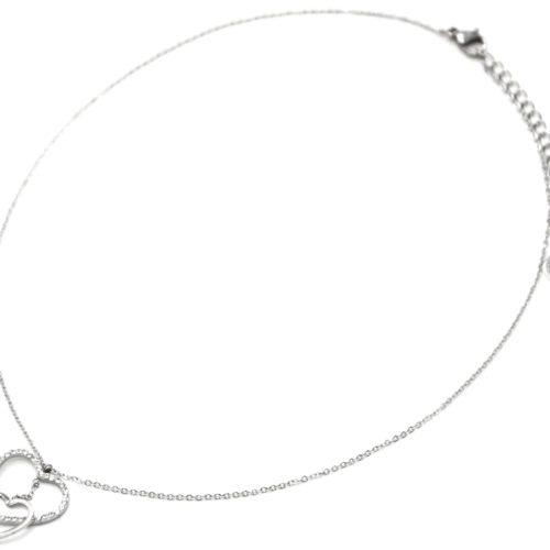 Collier-Fine-Chaine-avec-Pendentif-Double-Coeurs-Contour-Acier-Argente-et-Strass