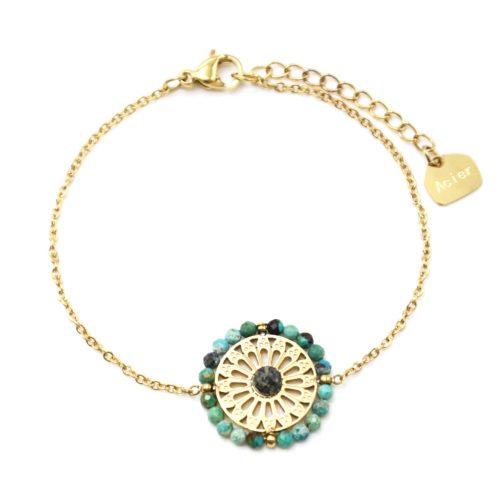 Bracelet-avec-Fleur-Ajouree-Acier-Dore-Pierre-et-Contour-Perles-Vertes