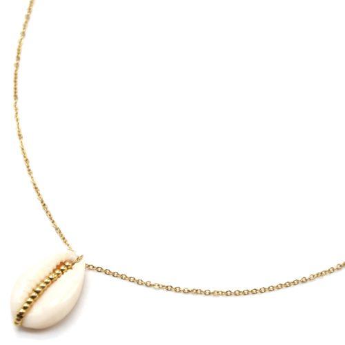 Collier-Fine-Chaine-Acier-Dore-Pendentif-Coquillage-Cauri-Ecru-et-Multi-Billes