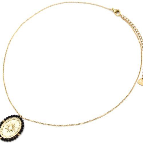 Collier-Pendentif-Medaille-Ovale-Soleil-Acier-Dore-et-Contour-Perles-Noires