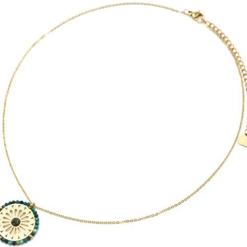 Collier-Pendentif-Fleur-Ajouree-Acier-Dore-Pierre-et-Contour-Perles-Vertes