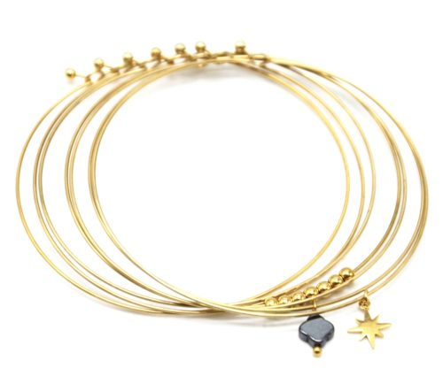 Bracelet-Semainier-Multi-Joncs-Acier-Dore-avec-Billes-Etoile-et-Trefle-Noir