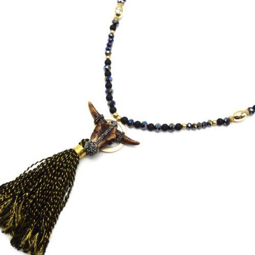 Sautoir-Collier-Perles-Resine-et-Brillantes-avec-Tete-Buffle-Strass-et-Pompon-Noir