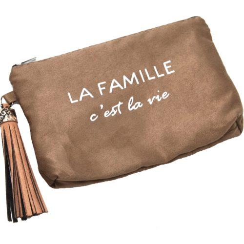 Trousse-Pochette-Effet-Daim-Message-La-Famille-c-est-la-vie-Pompon-Taupe