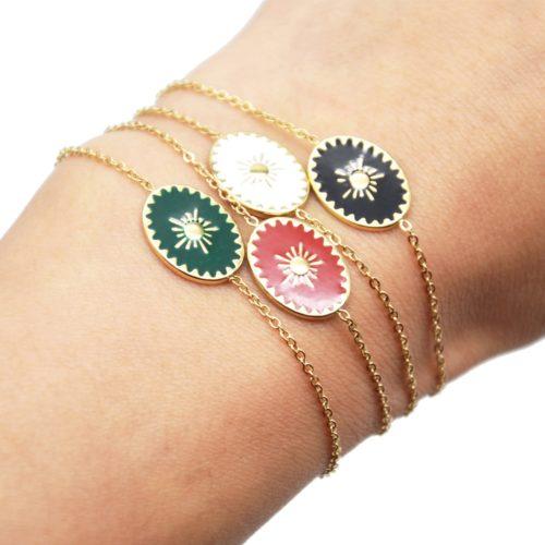 Bracelet-avec-Ovale-Email-Motif-Soleil-et-Contour-Acier-Dore