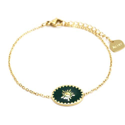 Bracelet-avec-Ovale-Email-Vert-Sapin-Motif-Soleil-et-Contour-Acier-Dore