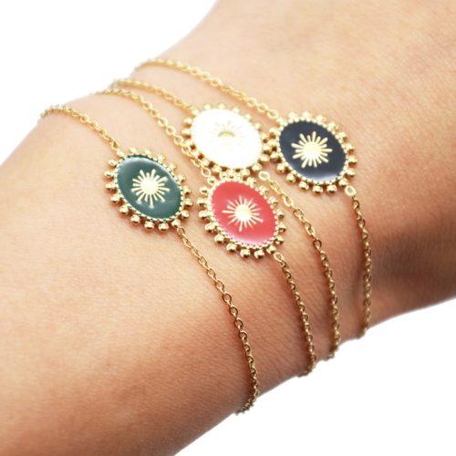 Bracelet-avec-Ovale-Email-Motif-Soleil-et-Contour-Billes-Acier-Dore