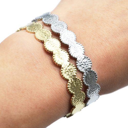Bracelet-Jonc-Cercles-Marteles-Acier-avec-Chainette-Fermoir