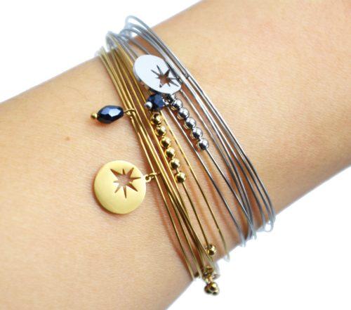 Bracelet-Semainier-Multi-Joncs-Acier-avec-Billes-Perle-et-Medaille-Ajouree-Etoile