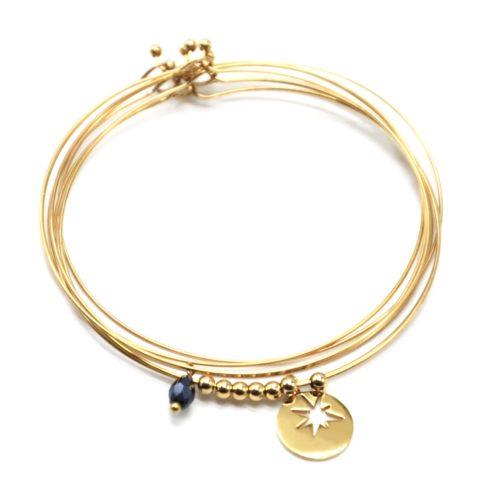 Bracelet-Semainier-Multi-Joncs-Acier-Dore-avec-Billes-Perle-et-Medaille-Ajouree-Etoile