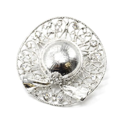 Broche-Epingle-Chapeau-Relief-Motif-Ajoure-Metal-Strass-Argente
