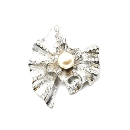 Broche-Epingle-Coquille-Relief-Metal-Strass-Argente-avec-Perle-Ecru