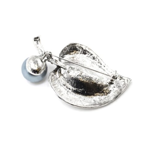 Broche-Epingle-Feuille-Arrondie-Metal-Strass-Argente-avec-Perle-Grise