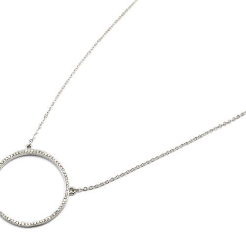 Sautoir-Collier-Fine-Chaine-Pendentif-Cercle-Contour-Metal-et-Strass-Argente