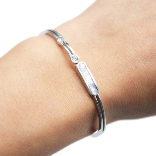 Bracelet-Jonc-Acier-Argente-avec-Bande-Nacre-et-Pierres-Zirconium