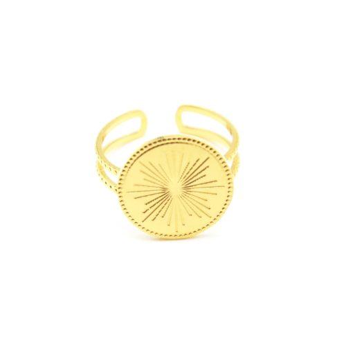 Bague-Anneau-Ajoure-avec-Medaille-Gravee-Motif-Soleil-Acier-Dore