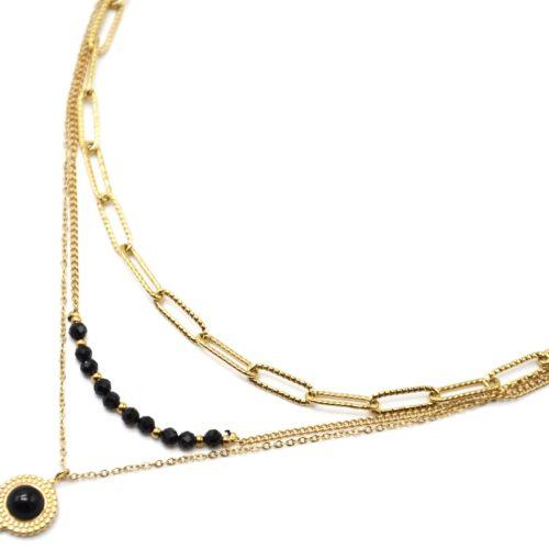 Collier-Triple-Chaines-Maillons-Perles-et-Pierre-Noire-Contour-Acier-Dore