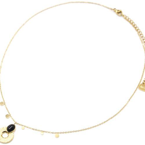 Collier-Pendentif-Medaille-Ajouree-Martelee-Acier-Dore-Pierre-Noire-et-Mini-Pampilles