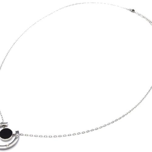Sautoir-Collier-Pendentif-Fer-a-Cheval-Acier-Argente-avec-Strass-et-Cercle-Resine-Noire