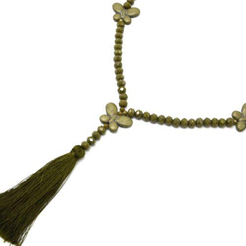 Sautoir-Collier-Perles-Brillantes-avec-Triple-Papillons-Pierres-Effet-Marbre-Kaki-et-Pompon