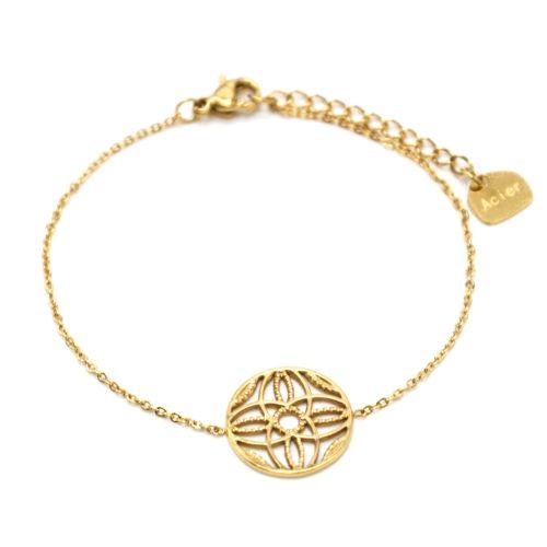 Bracelet-Fine-Chaine-Acier-Dore-avec-Cercle-Ajoure-Motif-Rosace