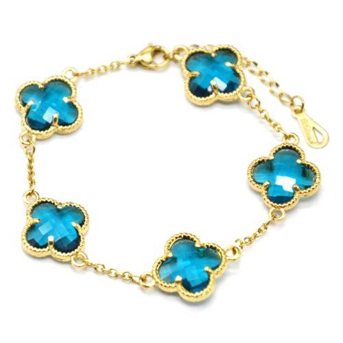 Bracelet-Chaine-avec-Charms-Trefles-Pierres-Bleues-Contour-Acier-Dore