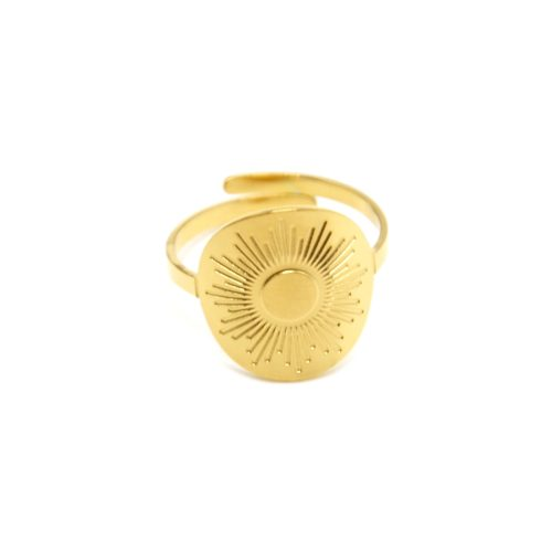 Bague-Reglable-avec-Medaille-Gravee-Motif-Soleil-Acier-Dore