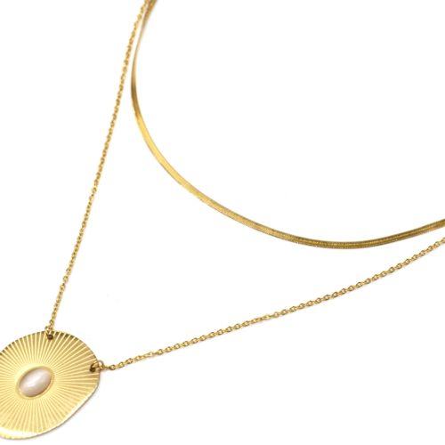 Collier-Double-Chaines-Acier-Dore-avec-Medaille-Rayures-et-Pierre-Beige-Clair
