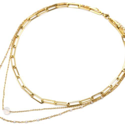 Collier-Triple-Chaines-Maillons-Acier-Dore-Mini-Perles-Email-et-Pierre-Blanche